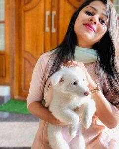 Delna Davis with her pet dog