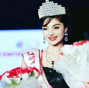 Sanam Shetty win the title of miss south india