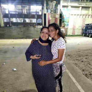 Sanjana Singh mother