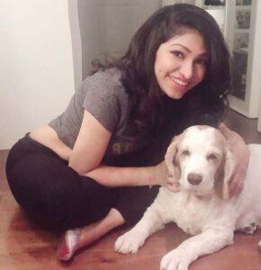Tulsi Kumar with her pet dog