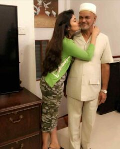 Shirin Kanchwala father