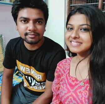 Arunita Kanjilal with his brother Anish Kanjilal