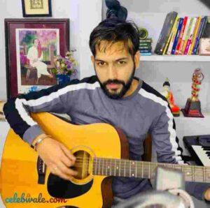 sahil solanki play violin