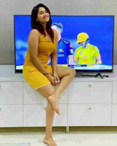 shivani narayanan favorite cricket team csk