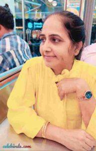Kinjal Dhamecha mother