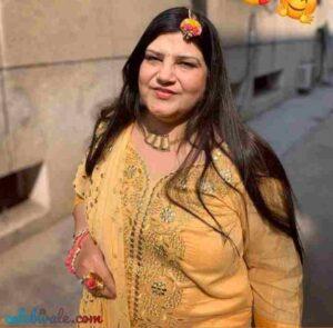 Kinshuk Mahajan mother