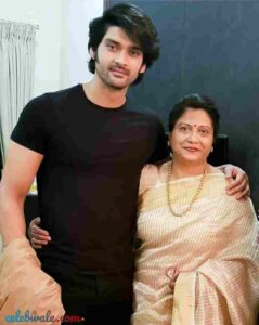 aditya redij with his mother