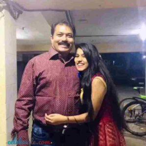 aishani yadav with his father