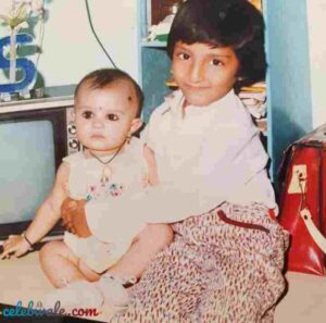 shiny doshi with her elder brother