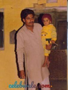 Abhinay Sharma with his father