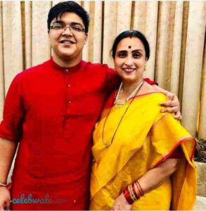 Chitra Wagh with her son