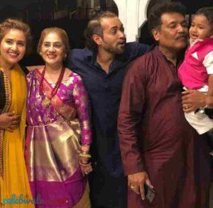 Karan Khanna family