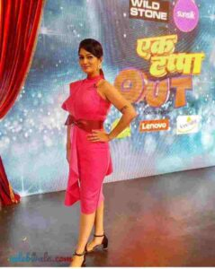 Resham Tipnis in show