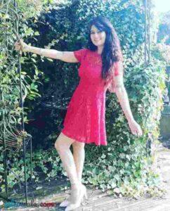 Resham Tipnis pose