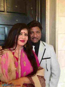 Sardool Sikander with his wife