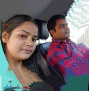Vikas Sharma with her daughter