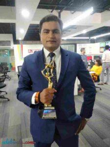 Vikas Sharma won the debut award