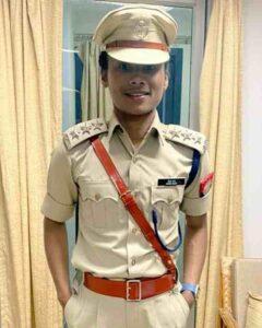 hima das in DSP uniform