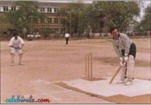Gautam adani playing cricket