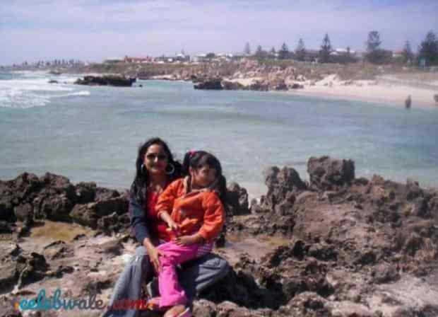 Nikita Bhamidipati with her mother