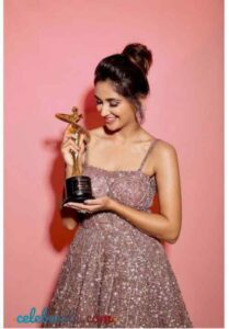 Nikita Dutta awards