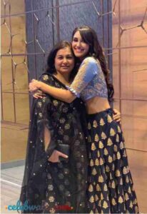 Nikita Dutta with her mother