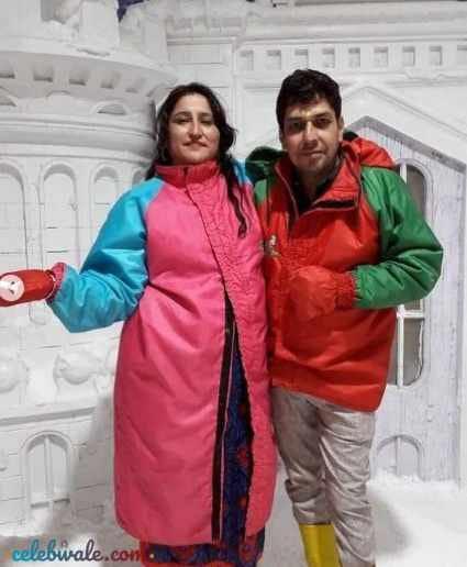 Riya Kishanchandani parents
