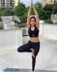 Riya Kishanchandani yoga lover