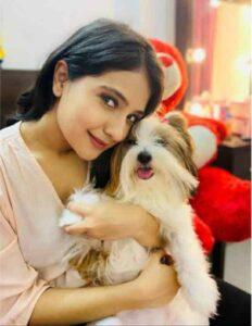 akshita mudgal with her dog stella