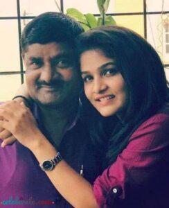 divya uruduga with her father