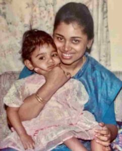 sanjana ganesan childhood