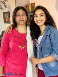 vaishnavi gowda with her mother bhanu ravikumar