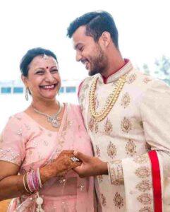 Mayank Agarwal with his mother savita