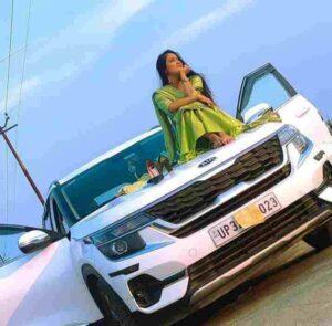 Pragya Mishra networth
