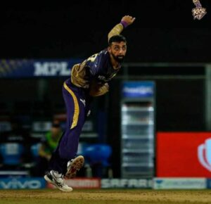 Varun Chakravarthy bowling action