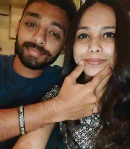 Varun Chakravarthy wife neha