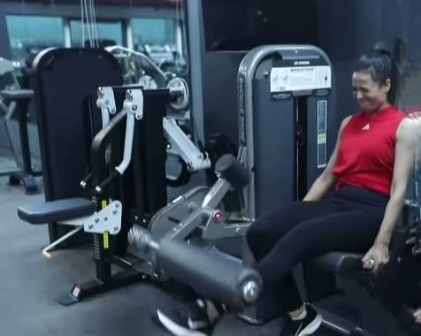 Shweta Tiwari in gym