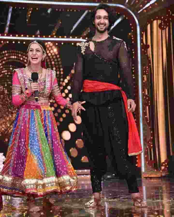 saurabh raj jain with her contestant in dance reality show Nach Baliye