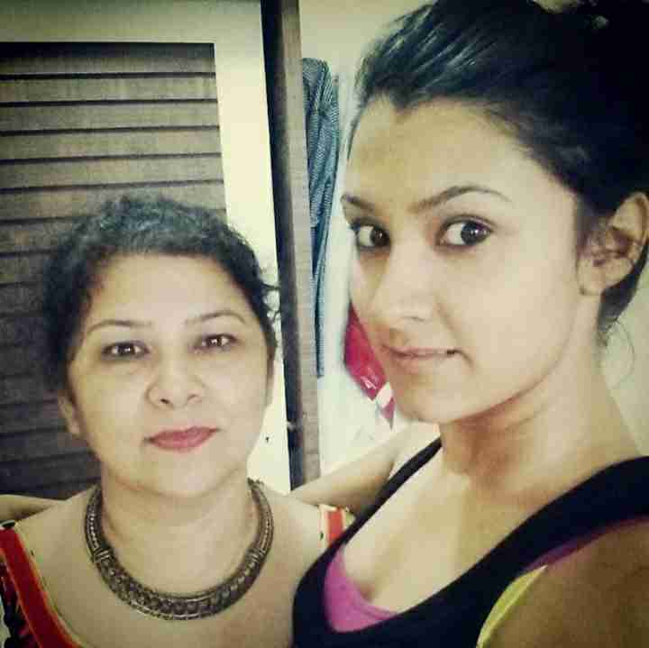 Aastha Gill with her mother Seema Gill