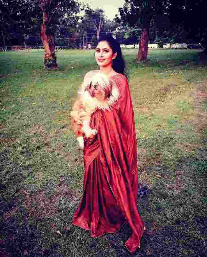 Aisha Sultana dogy lover