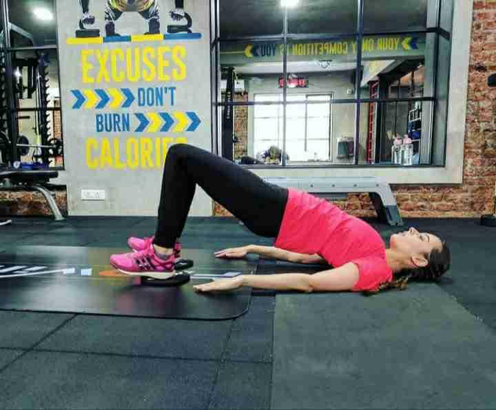Evelyn Sharma in gym