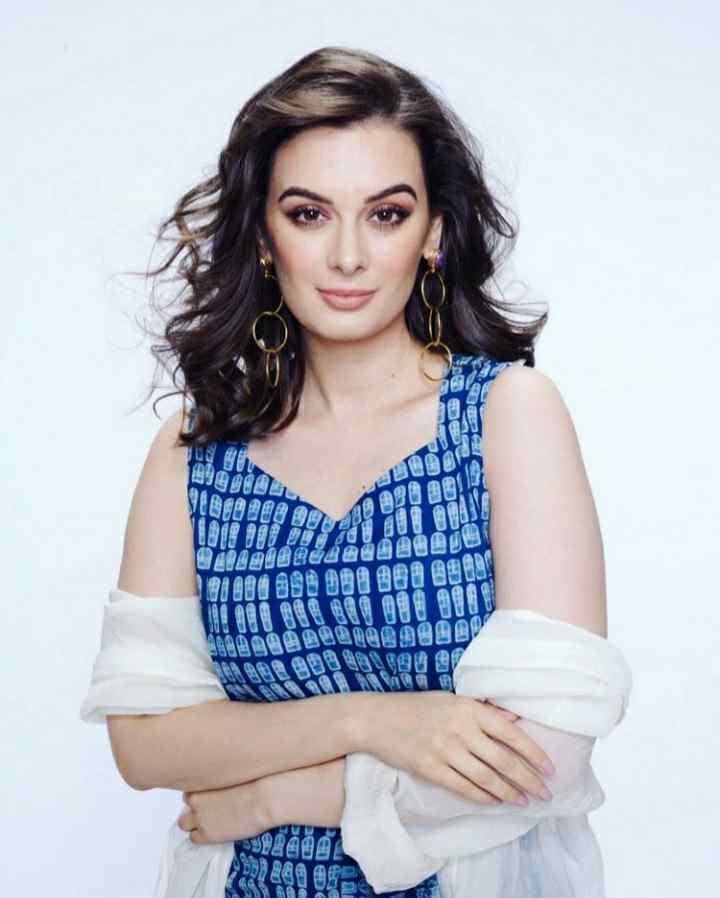 Evelyn Sharma profile photo