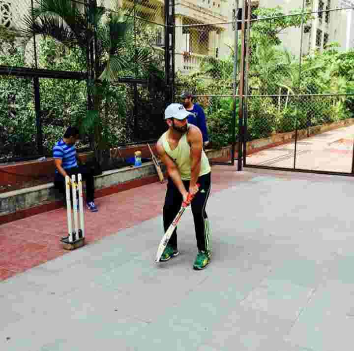 Rahul Vaidya playing Cricket