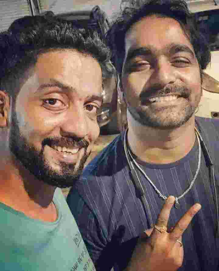 Vaibhav Ghuge with his brother Ashwin ghuge