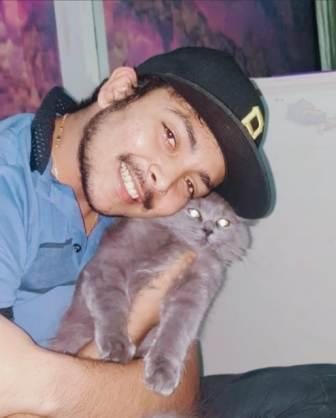 Prithvi Shaw with his pet cat ECT