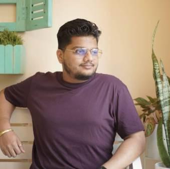 Divya Agarwal younger brother Prince Agarwal
