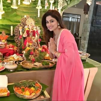Shamita Shetty devottee of Lord shri Ganesha