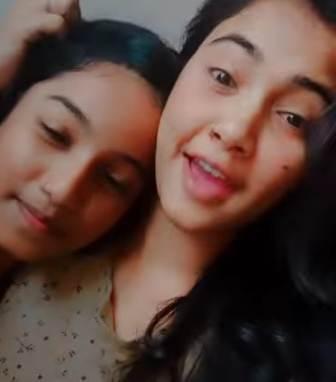 Trisha Kar Madhu with her sister Annesa Kar