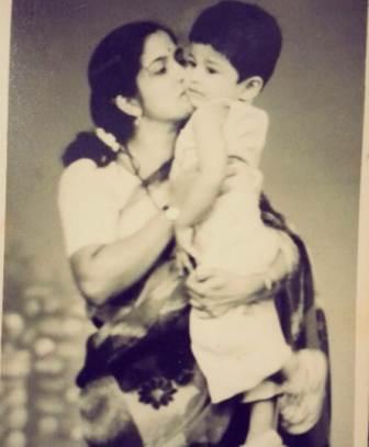 Raqesh Bapat childhood pic