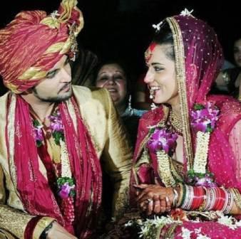 Raqesh Bapat wife Riddhi Dogra